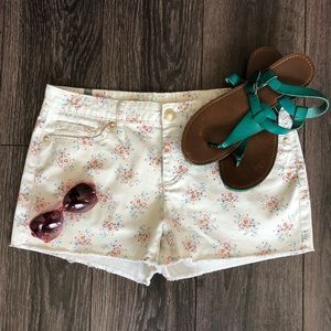 Adorable Floral Print Shorts with Frayed Bottoms